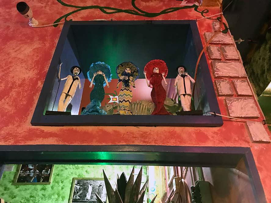 loco burrito diorama